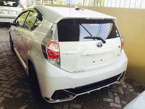 import 2017 Excellent condition  Neat and Clear interior and exterior  DVD player  Navigation system  Alloy Rims  Tyres condition is good