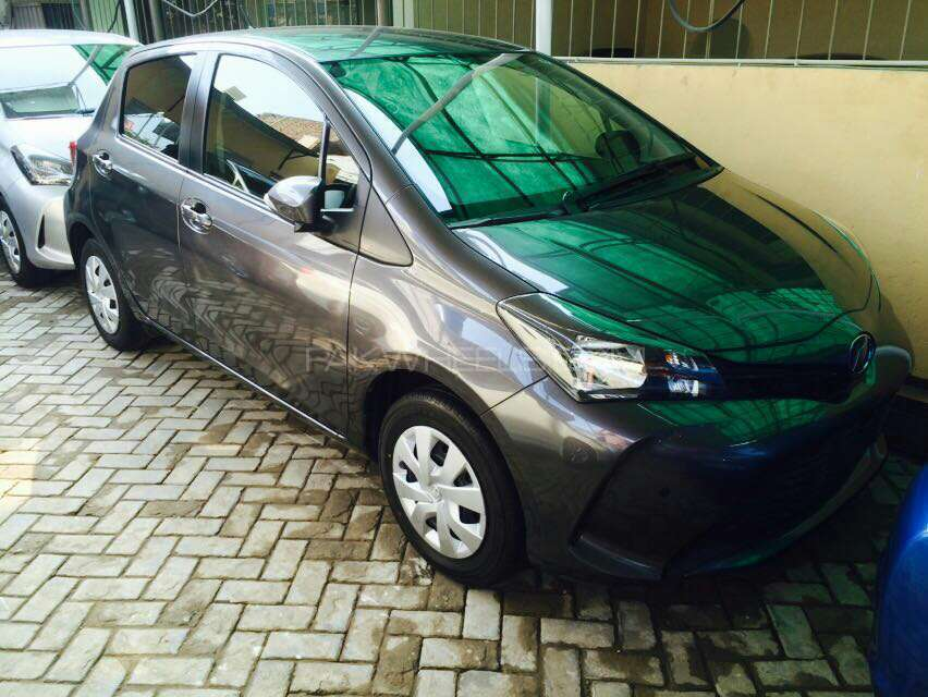 import 2017 unreg like a new car  Excellent condition  Neat and Clear interior and exterior  DVD player  Navigation system  Tyres condition is good  auctiob sheet available   4 grade car with auction sheet and all varified documents   this car is also certified by pakwheels   price negotiable for serious buyers only.