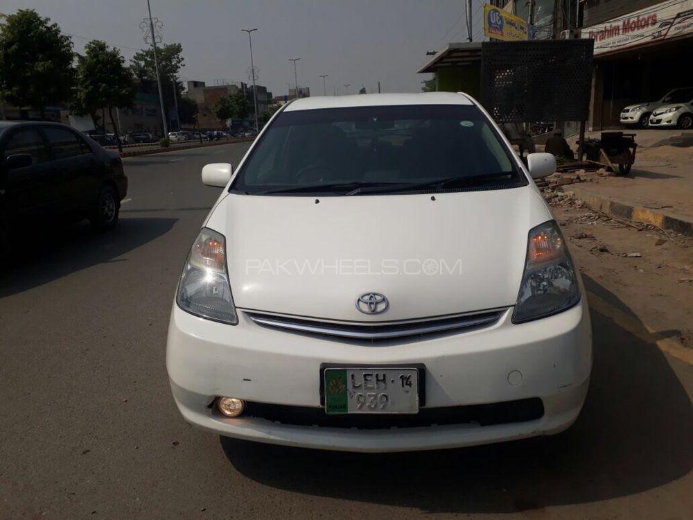Toyota Prius EX 1.5 2009 Image-1