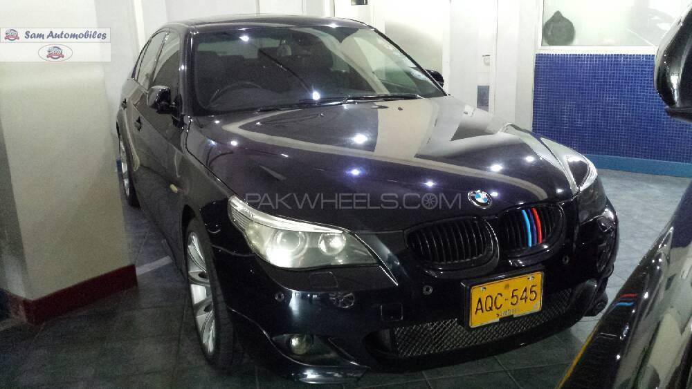 BMW 5 Series 545i 2004 Image-1