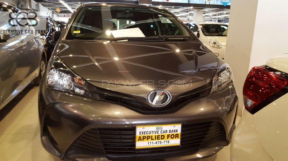 Used Toyota Vitz F 1.0 2014