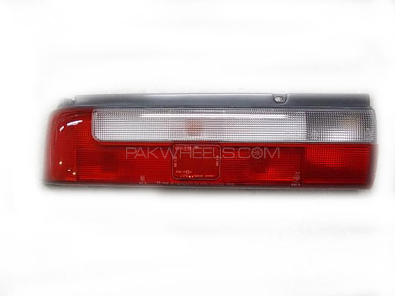 Suzuki Cultus 1999-2008 Light Back / LH Genuine in Lahore