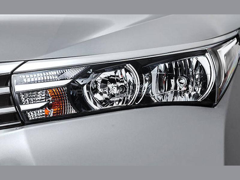 Toyota Corolla Grande Genuine Head Light 2014-2017 Image-1