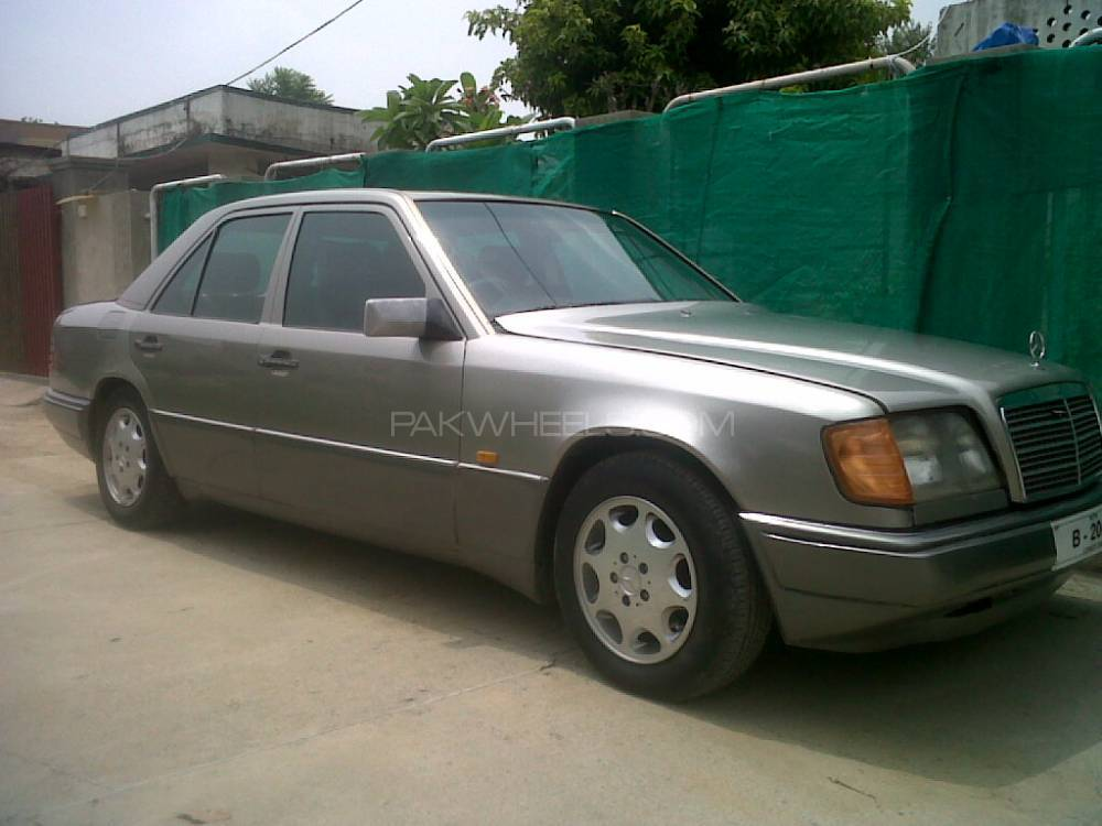 mercedes benz 250 d 1986 for sale in rawalpindi pakwheels. Black Bedroom Furniture Sets. Home Design Ideas