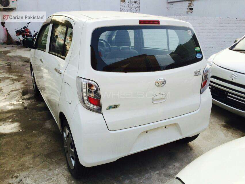 import 2017 Excellent condition Neat and Clear interior and exterior 4.5 Grade Aution sheets DVD Player Navigation  SYSTEm Tyres condition is good