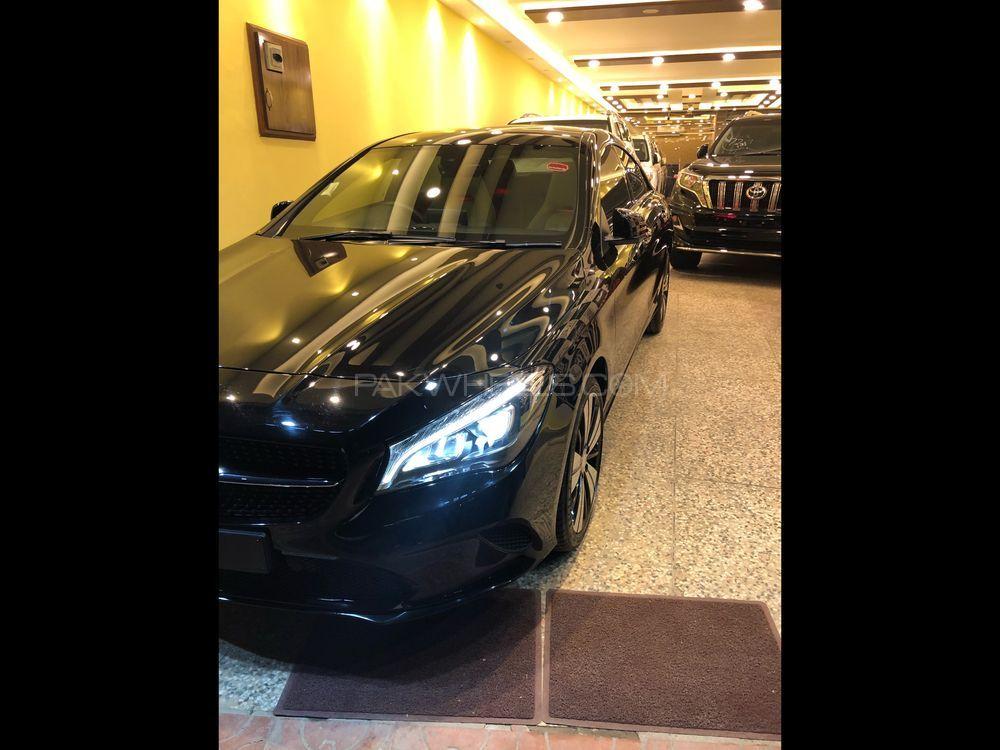 Mercedes Benz CLA Class CLA200 2017 Image-1