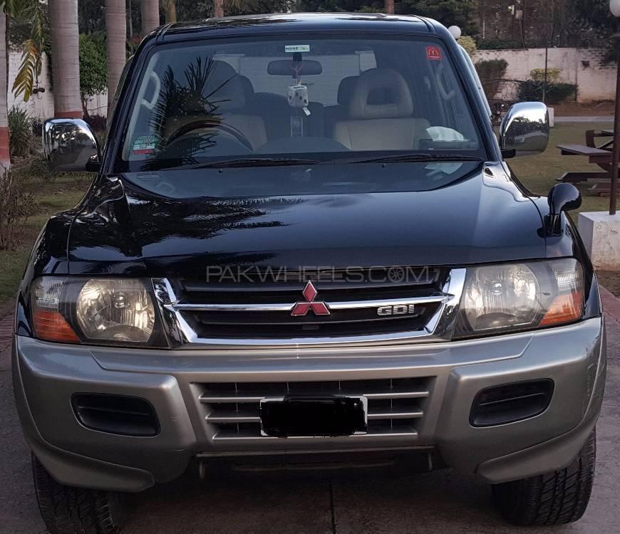 Mitsubishi Pajero GLX 3.5 1999 Image-1