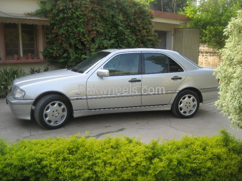 Used mercedes benz c class c180 1999 car for sale in for Used mercedes benz rims for sale