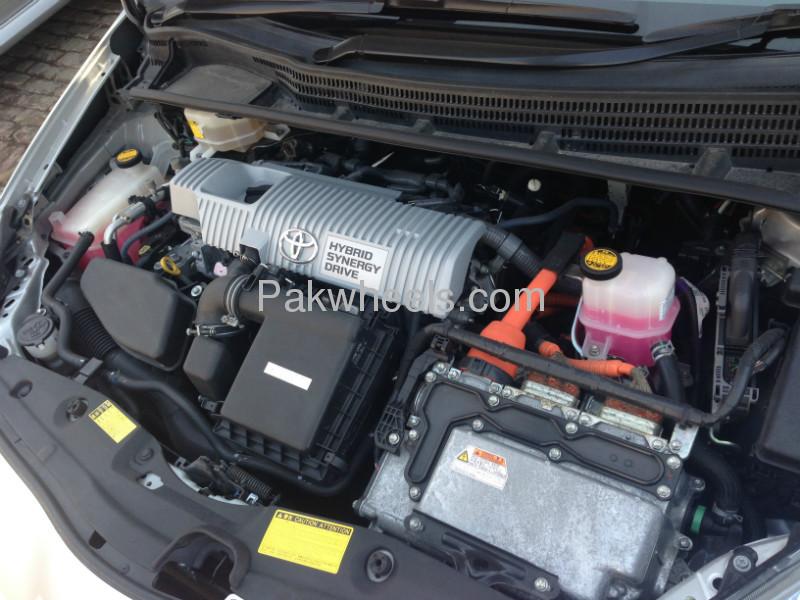 Toyota Prius G 1.8 2009 Image-8