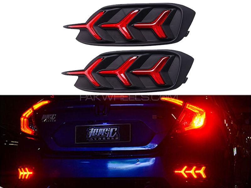 Honda Civic 2016-2018 Rear Arrow LED Reflectors   Image-1