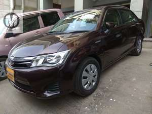 Toyota corolla axio X 2013model Reg 2017 Redwine colour 67000 km
