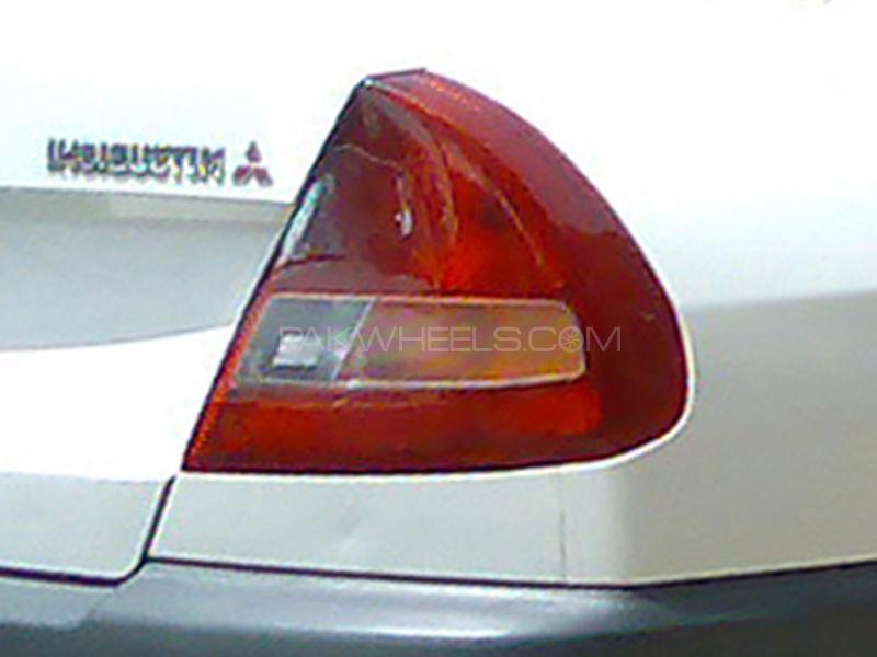 Mitsubishi Lancer Back Lamp 1998 - 1 Pc RH in Lahore