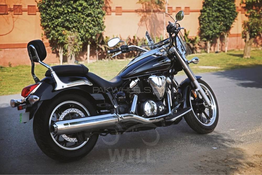 Yamaha V Star 950 2012 Image-1