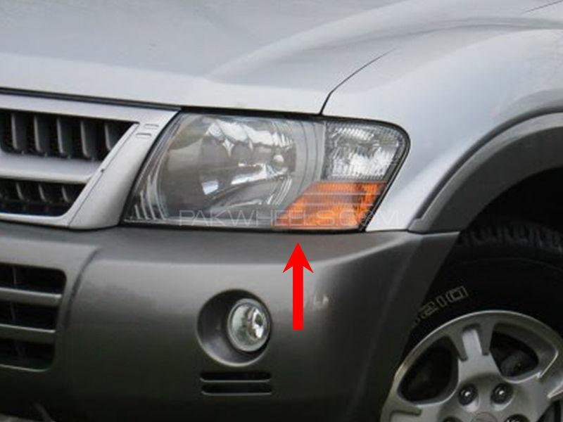 Mitsubishi Pajero TYC Head Lamp 2004 - 1 Pc LH Image-1