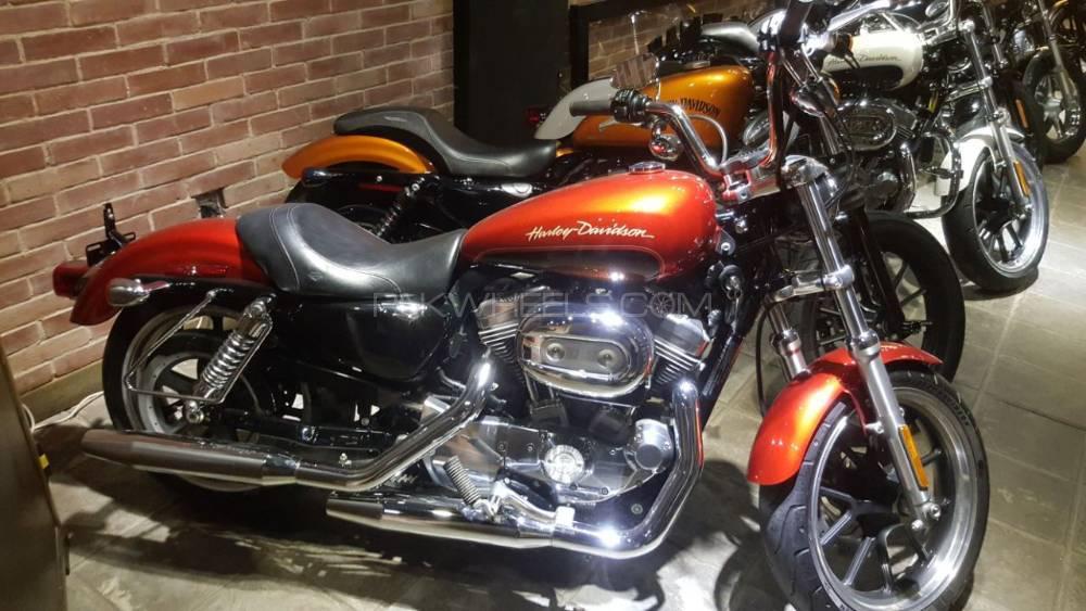 Harley Davidson 883 Low 2013 Image-1