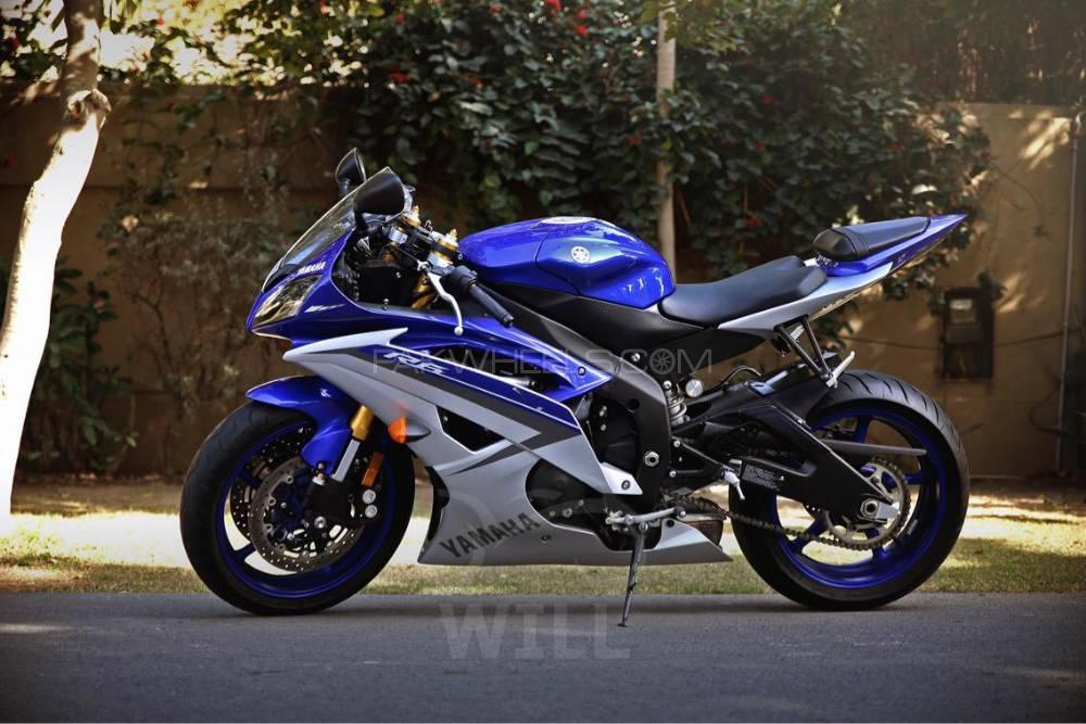 Yamaha YZF-R6 2015 Image-1