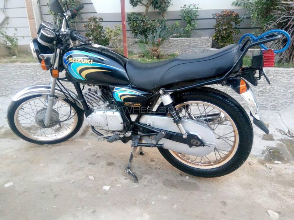 Suzuki GS 150 2010 Image-1