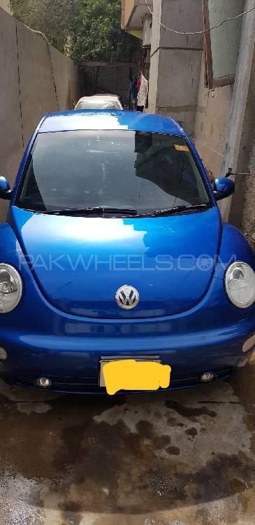 Volkswagen Beetle 2.0 2004 Image-1