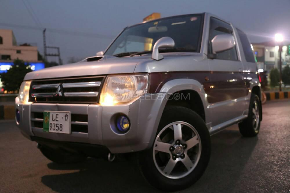Mitsubishi Pajero Mini Limited 2011 Image-1