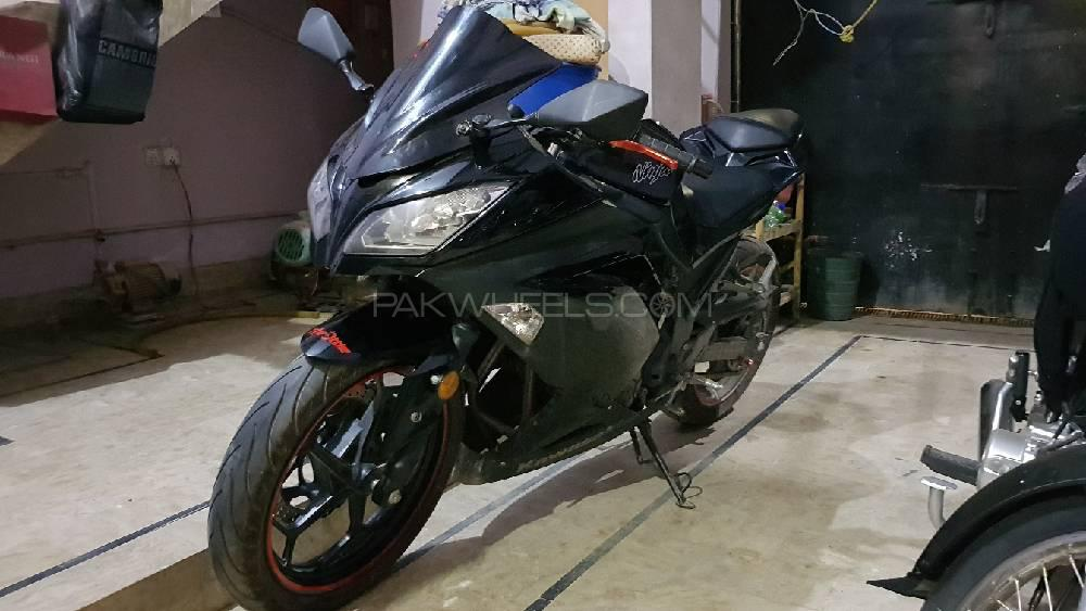 Kawasaki Ninja ZX300 2013 Image-1
