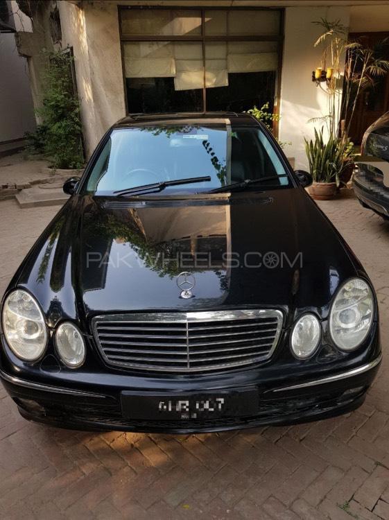 Mercedes Benz E Class Coupe 2005 Image-1
