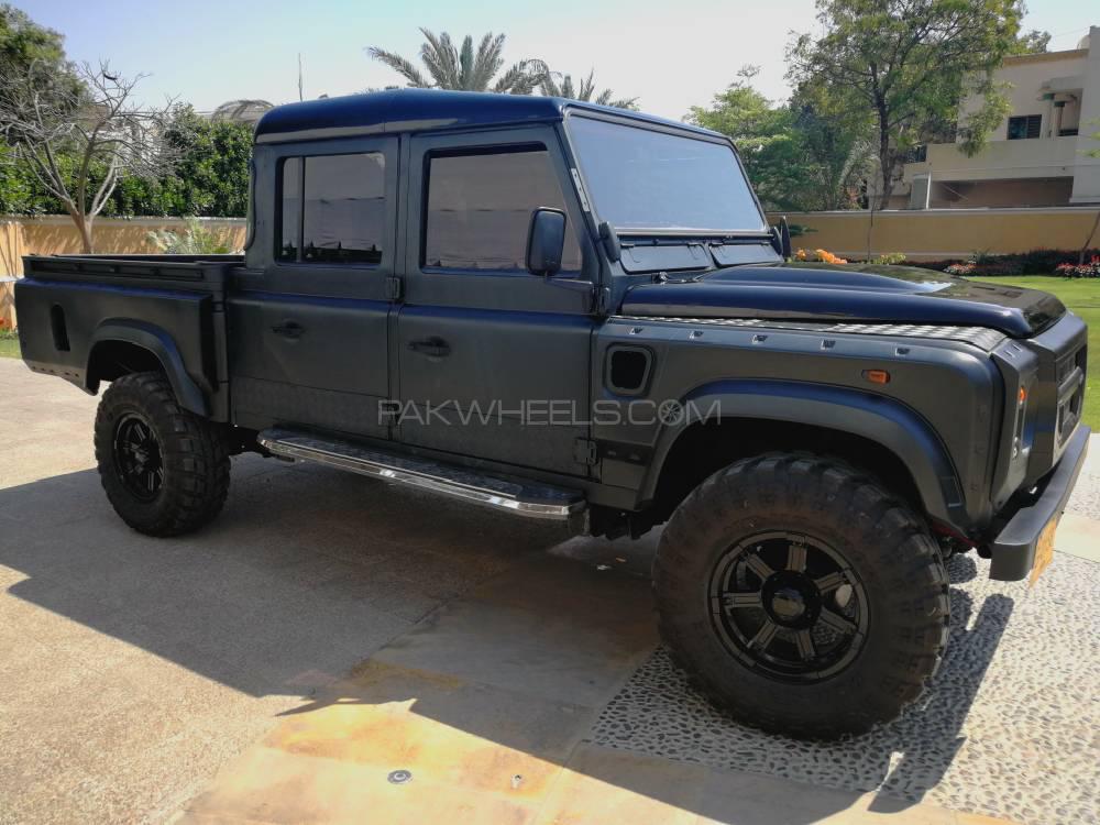 land rover defender 130 1998 for sale in karachi pakwheels. Black Bedroom Furniture Sets. Home Design Ideas