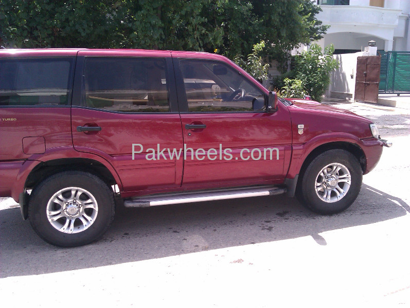 nissan x trail 2000 for sale in islamabad pakwheels. Black Bedroom Furniture Sets. Home Design Ideas
