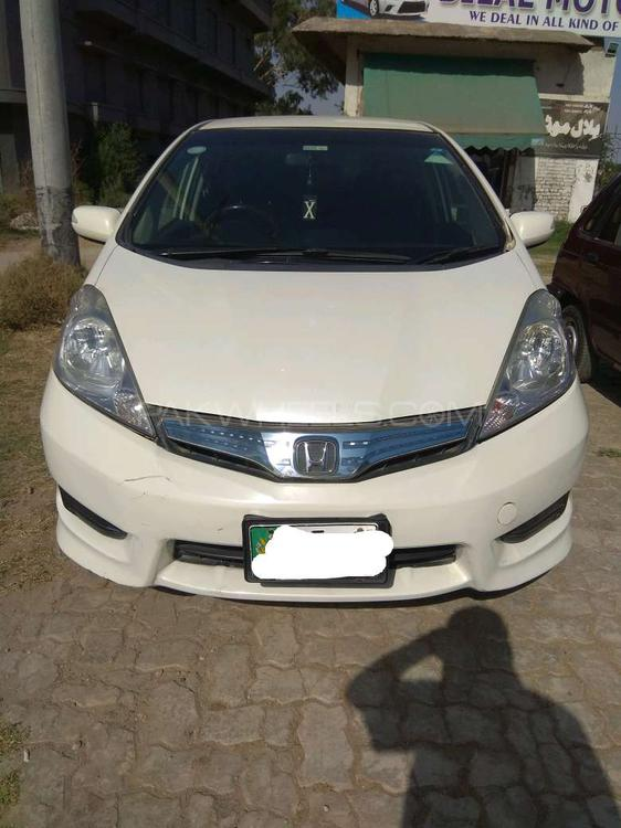 Honda Fit 1.3 Hybrid Navi Premium Selection 2011 Image-1