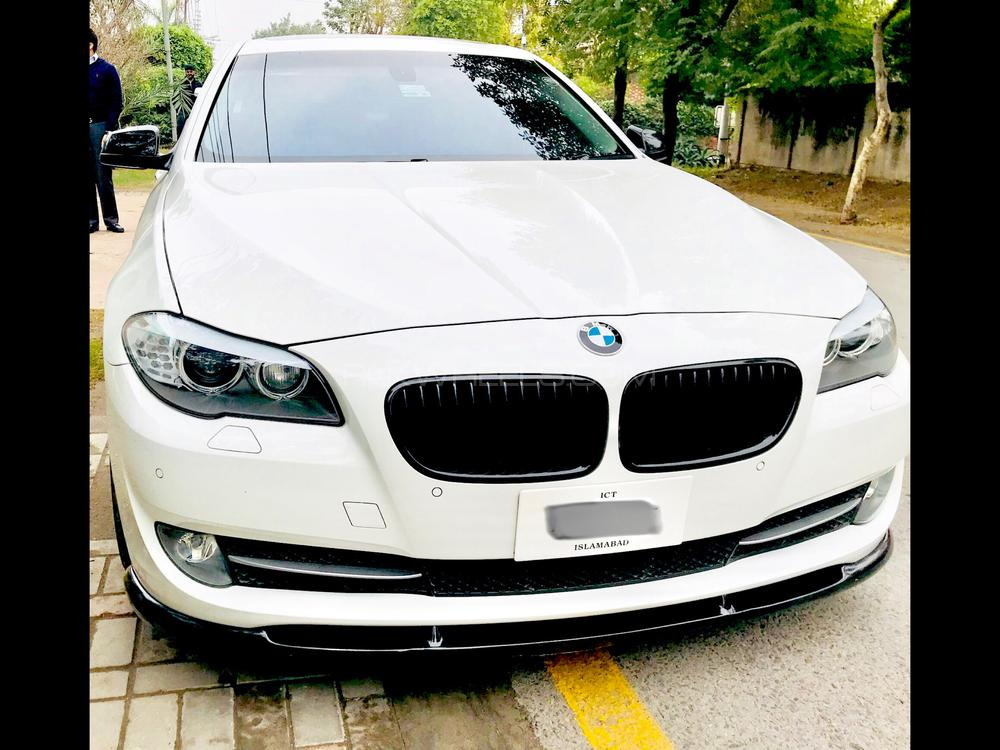 BMW 5 Series 535i 2011 Image-1