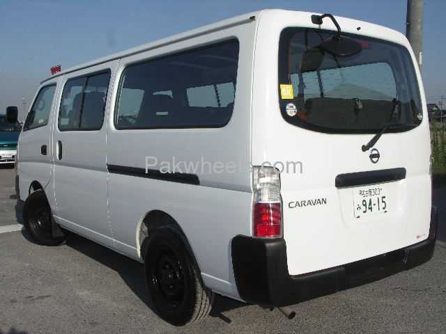 Nissan Caravan 2006 Image-3