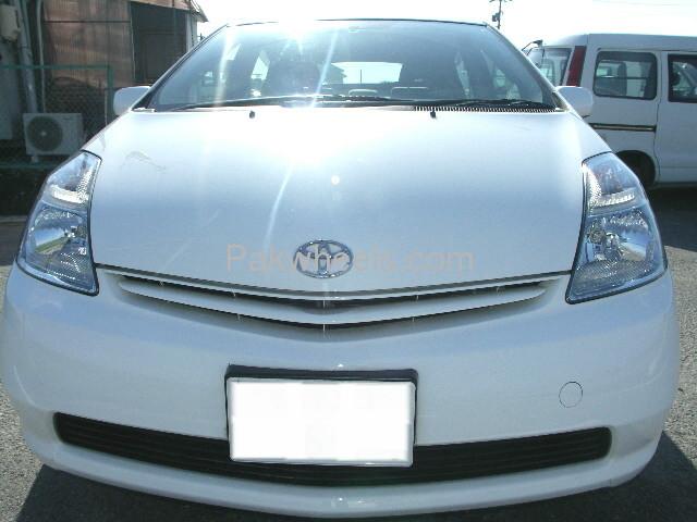 Toyota Prius EX 1.5 2010 Image-2