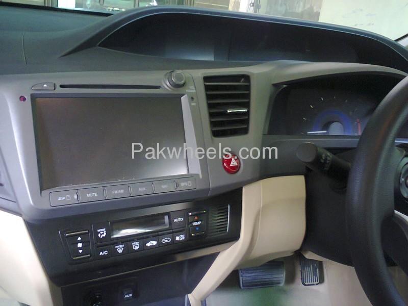 Honda Civic VTi Oriel Prosmatec 1.6 2013 Image-4