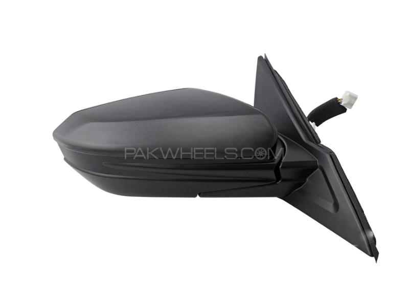 Honda Civic 2016-2018 Side Mirror Genuine RH in Lahore