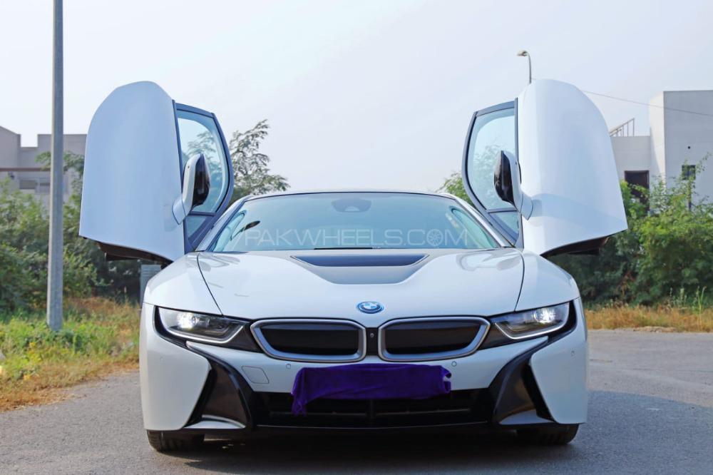 BMW i8 2015 Image-1
