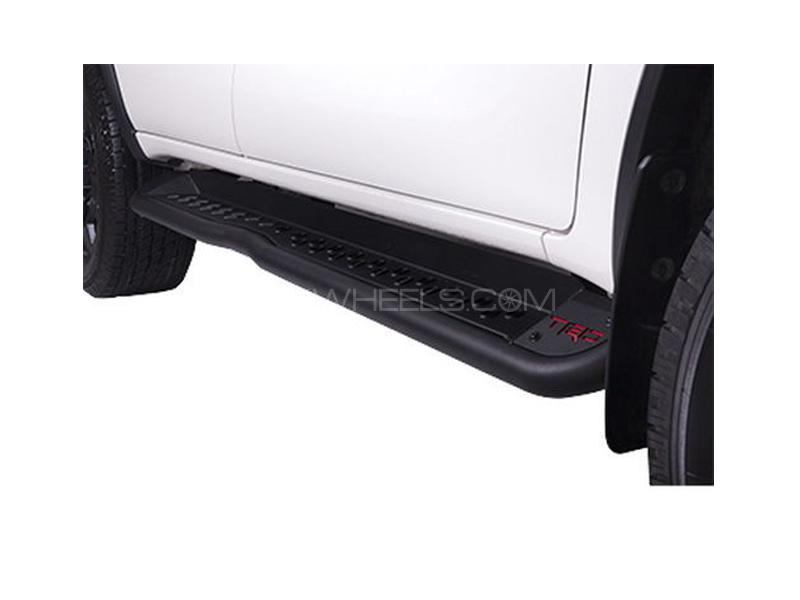 Trd Foot Board For Toyota Fortuner 2016-2018 Image-1