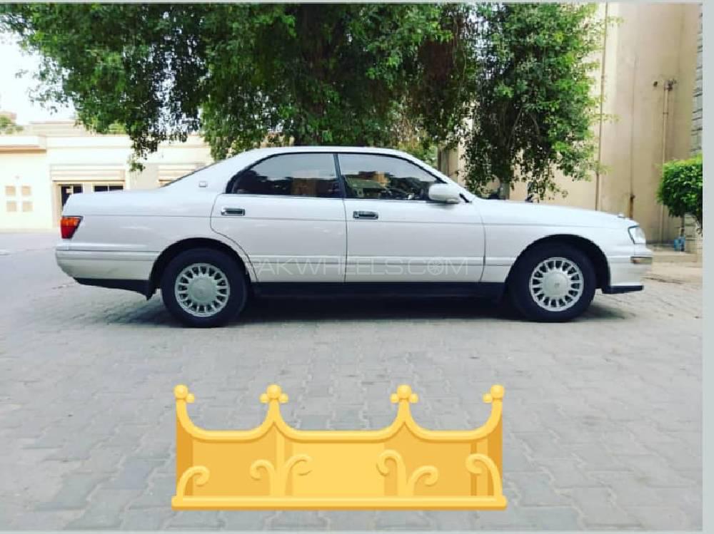 Toyota Crown Royal Saloon 1994 Image-1