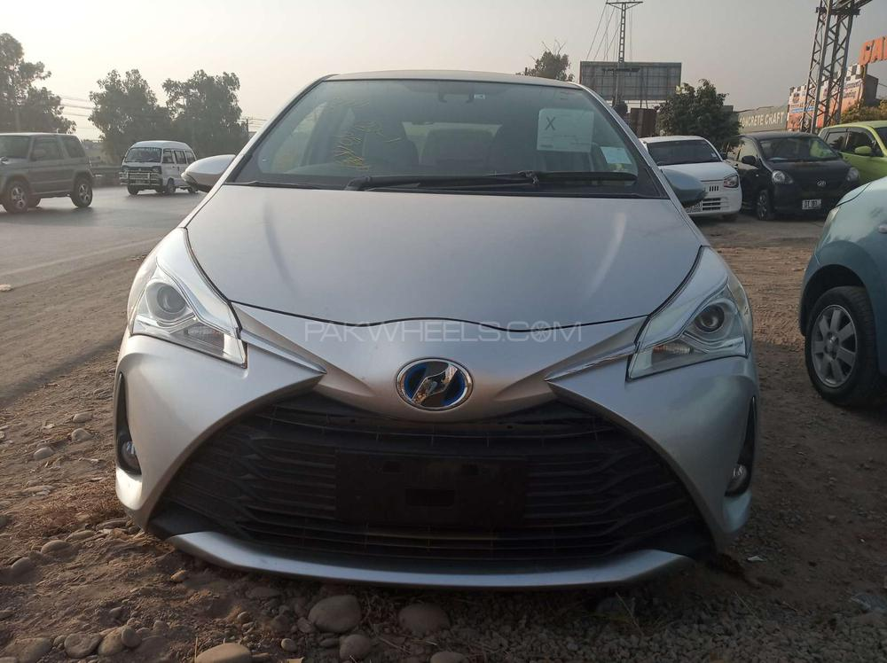 Toyota Vitz RS C Package 1.5 2017 Image-1