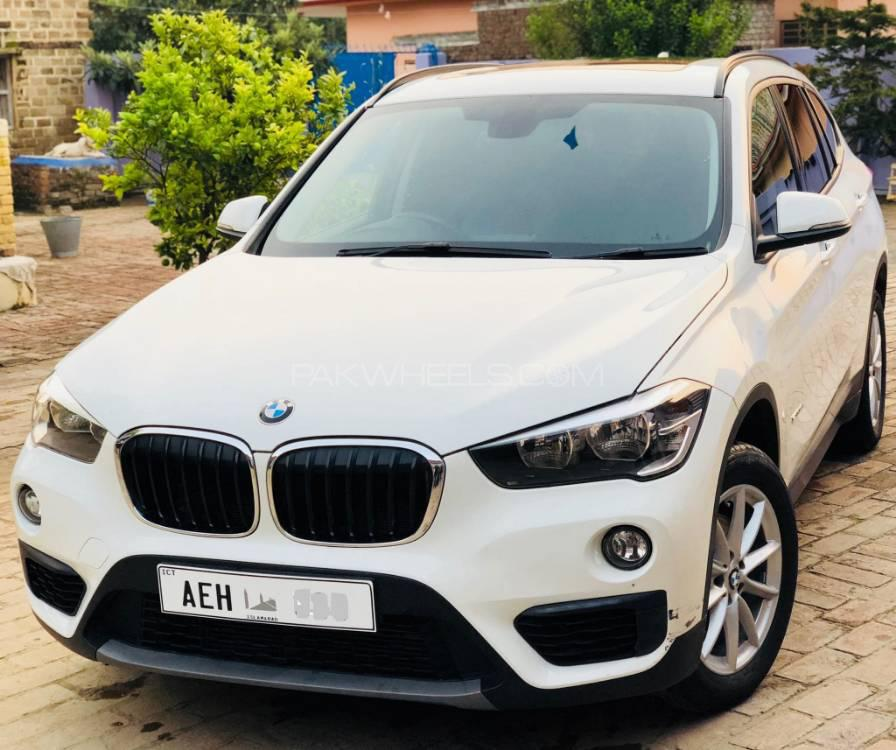 bmw x1 sdrive18i 2017 for sale in islamabad pakwheels. Black Bedroom Furniture Sets. Home Design Ideas