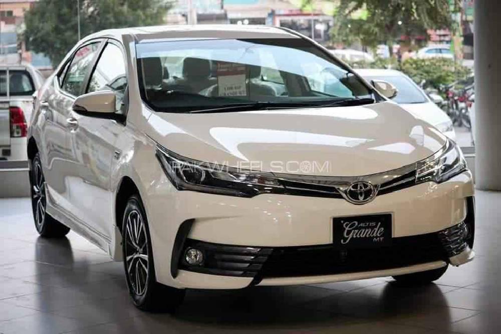 Toyota Corolla Altis Grande Cvt I 1 8 2019 For Sale In Islamabad