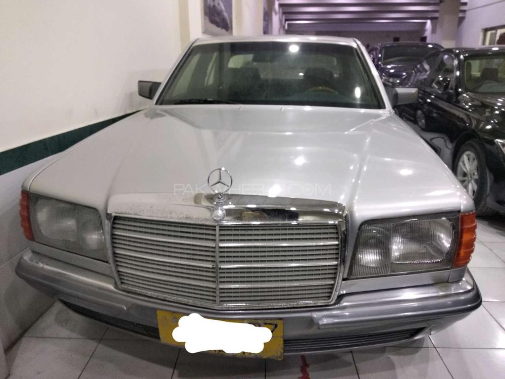 Mercedes Benz S Class S280 1982 Image-1