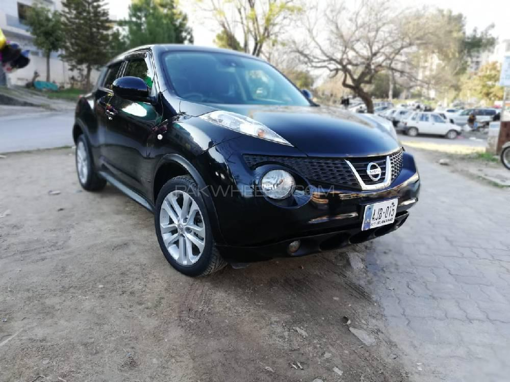Nissan Juke 15RX Premium Personalize Package 2013 Image-1