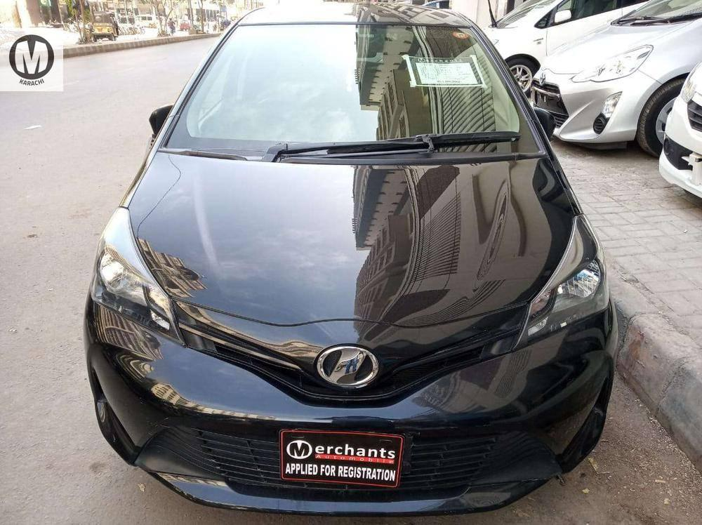 Toyota Vitz F 1.0 