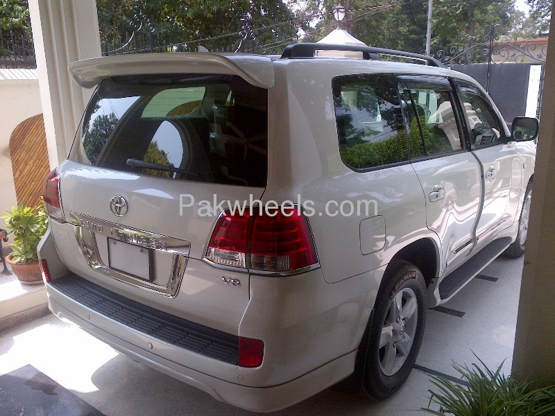 Toyota Land Cruiser AX G Selection 2008 Image-5