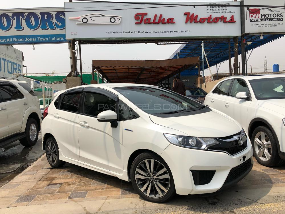 Honda Fit RS 2015 Image-1