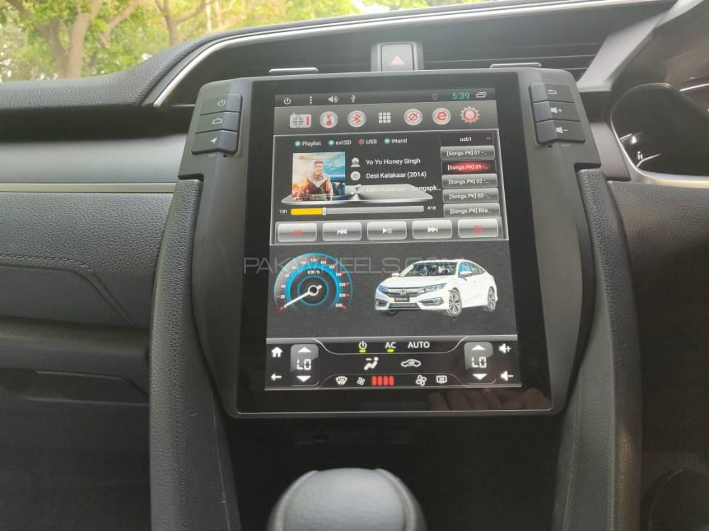 Honda Civic LCD Multimedia System Android GPS Tesla Style - 2016-2019 Image-1