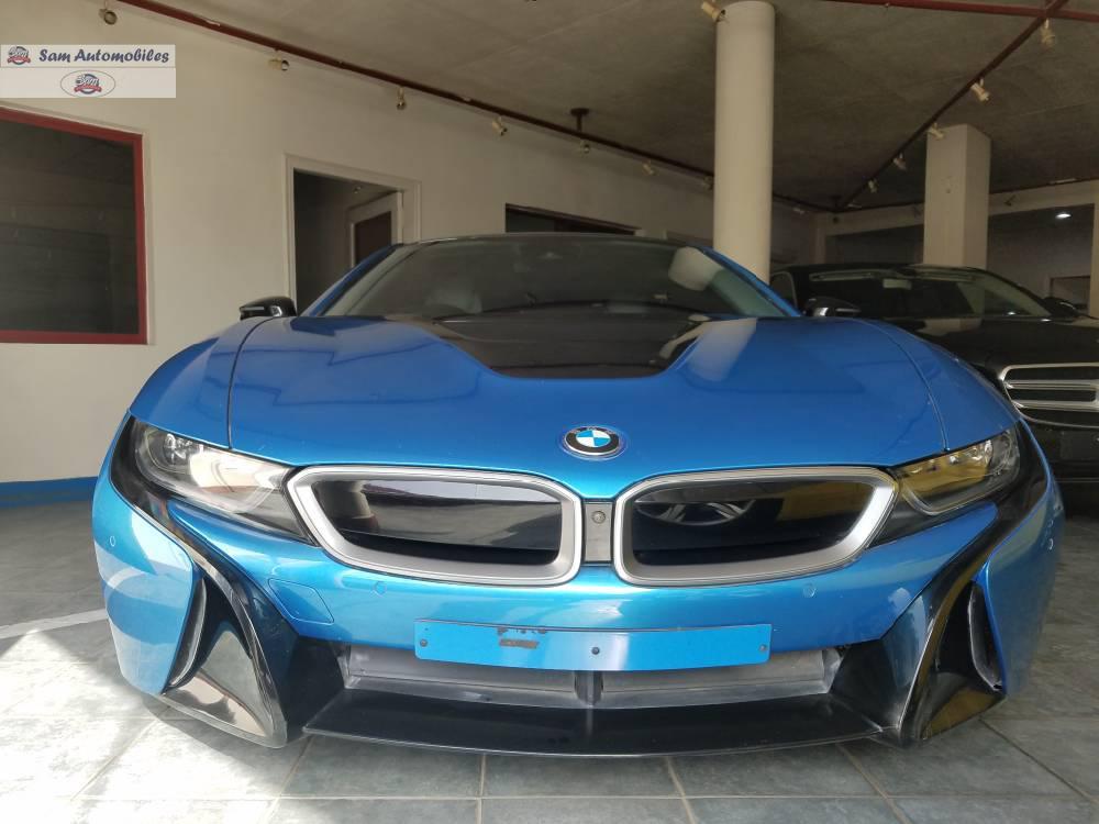 BMW i8 2016 Image-1