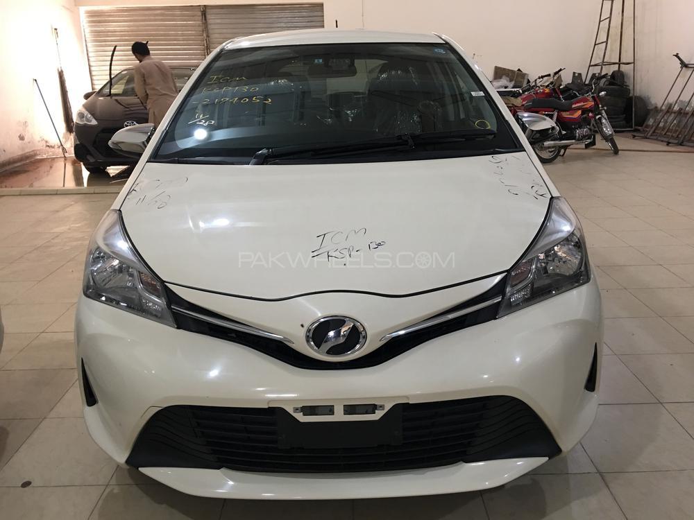 Toyota Vitz Jewela 1.0 2016 Image-1