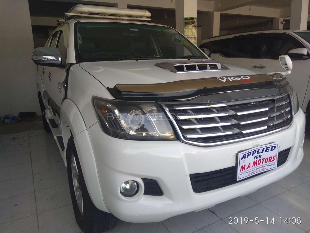 Toyota Hilux Vigo Champ G 2013 Image-1