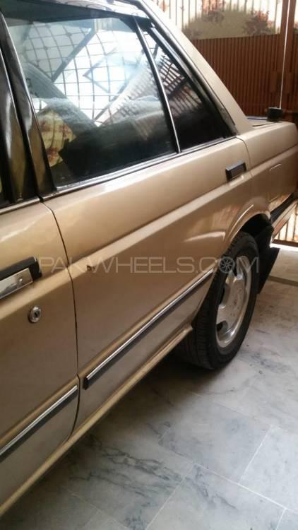 Nissan Sunny Super Saloon Automatic 1.6 1986 Image-1