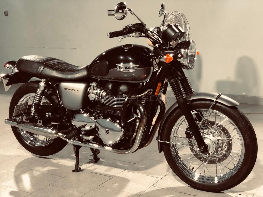 Used Triumph Bonneville T100 2012 Bike For Sale In Lahore 243509
